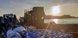 ထိုင်းဘက်မှ အကောက်ခွန်မဲ့ပစ္စည်းသယ်လာသည့်လှေ